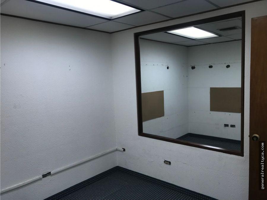 oficina en venta yo alquiler campo alegre 124 m2