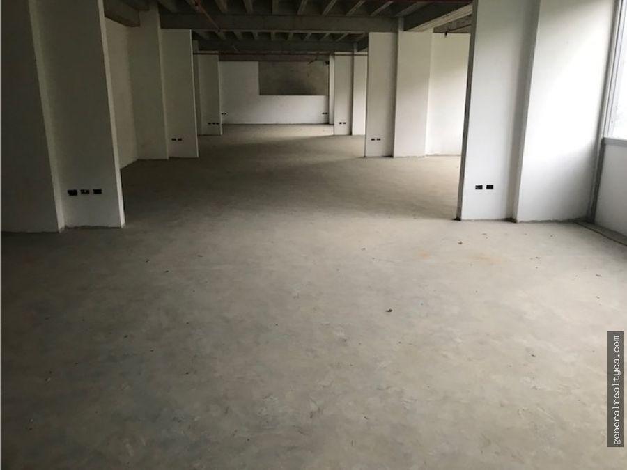 oficina en alquiler 390 m2 macaracuay