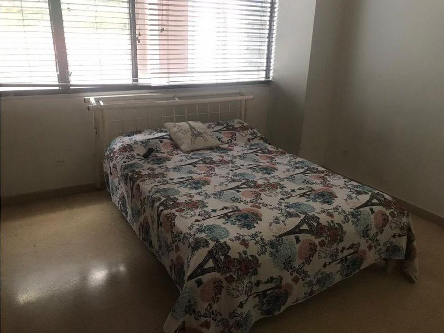 se alquila apartamento en el cangrejo 850