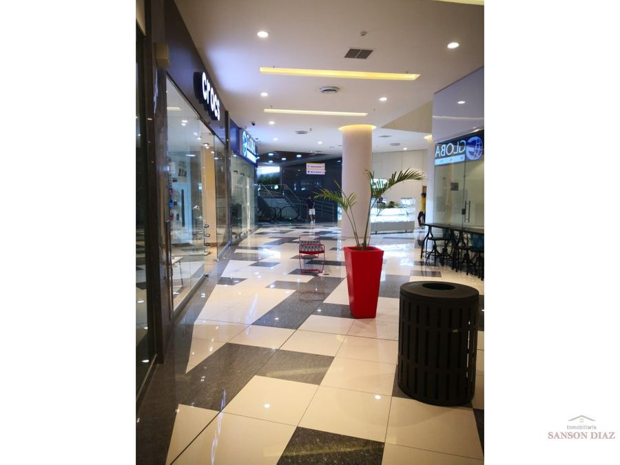 se alquila vende local en dorado mall