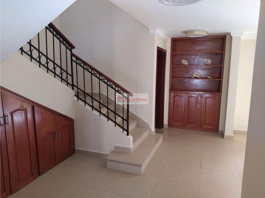 casa en alquiler en clayton panama 21 5654
