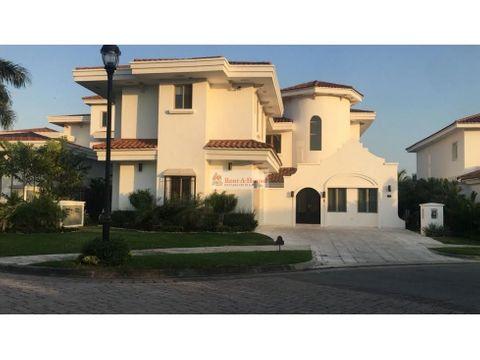 casa en venta en santa maria panama 20 9336