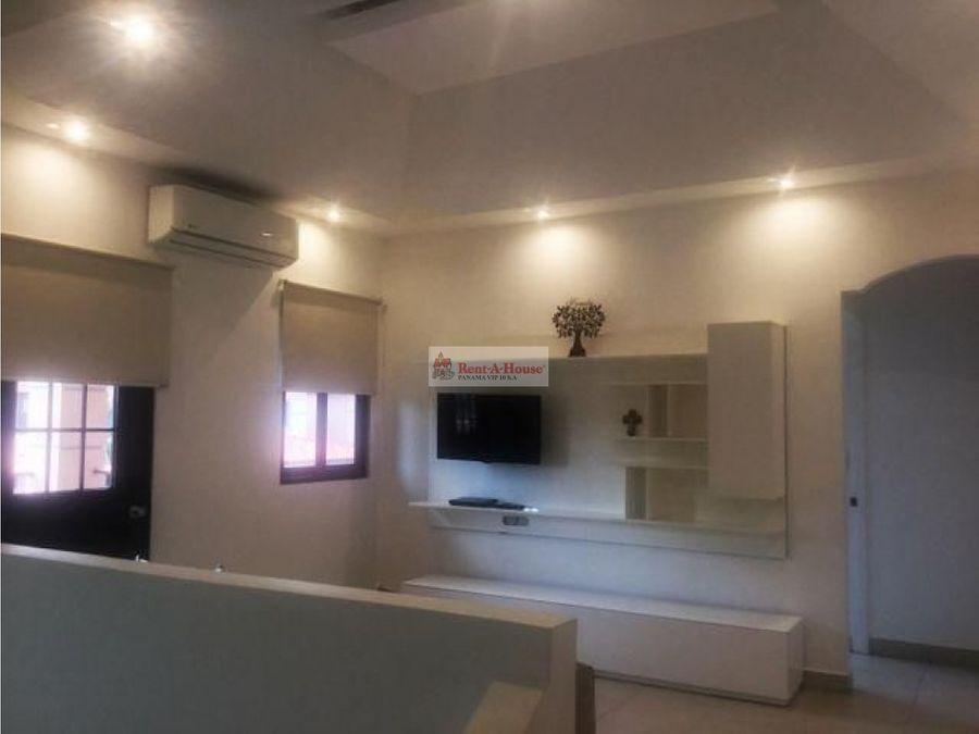 casa en alquiler en versalles panama 21 3225