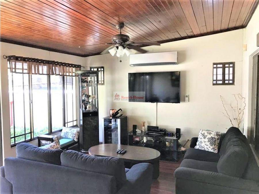casa en venta en altos del golf panama 21 5215