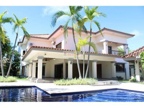 casa en venta en costa del este panama 21 1092