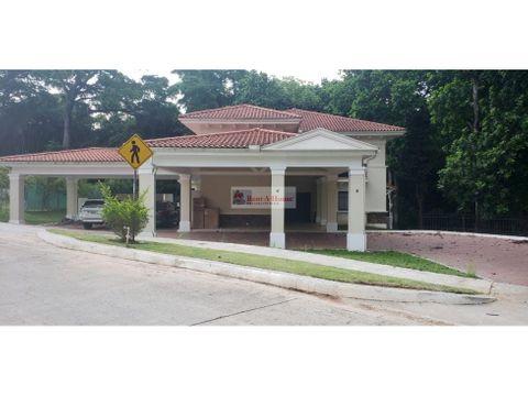 casa en alquiler en clayton panama 20 8655