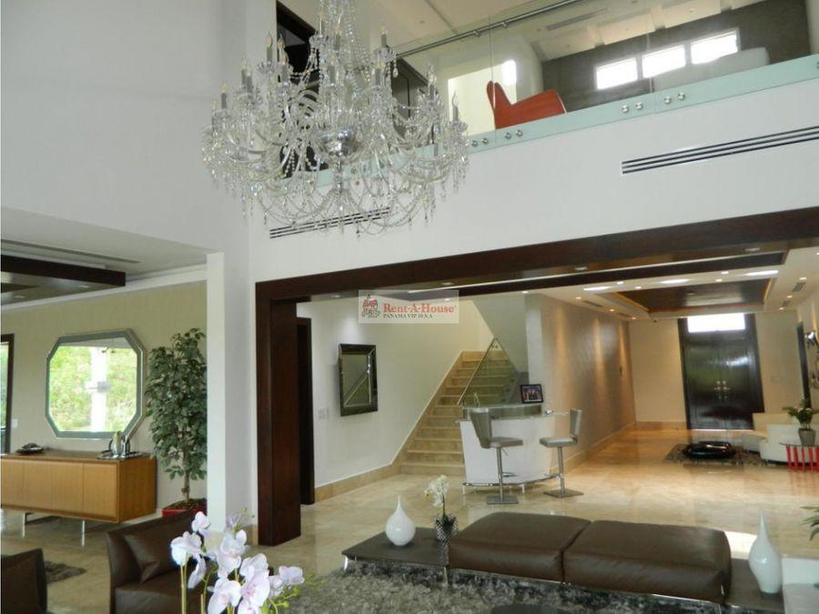 casa en venta en santa maria panama