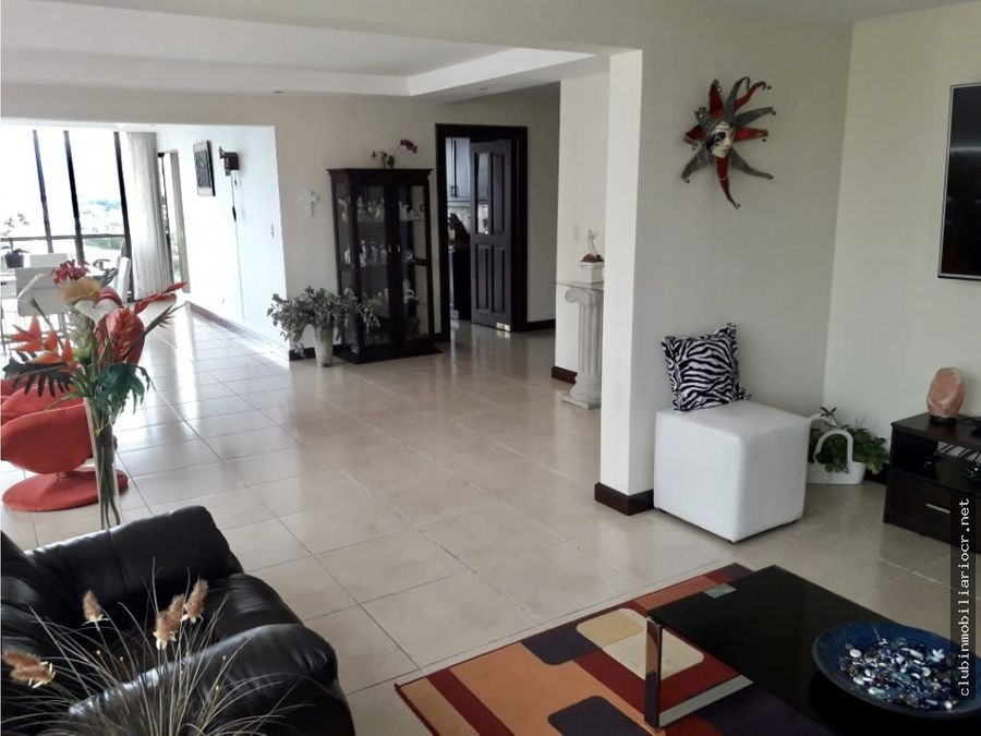 ganga vendo apartamento de lujo en escazu