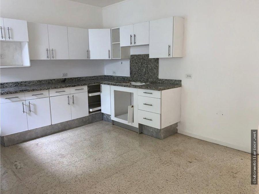 casa amplia en venta ubicada en curridabat a precio rebajado