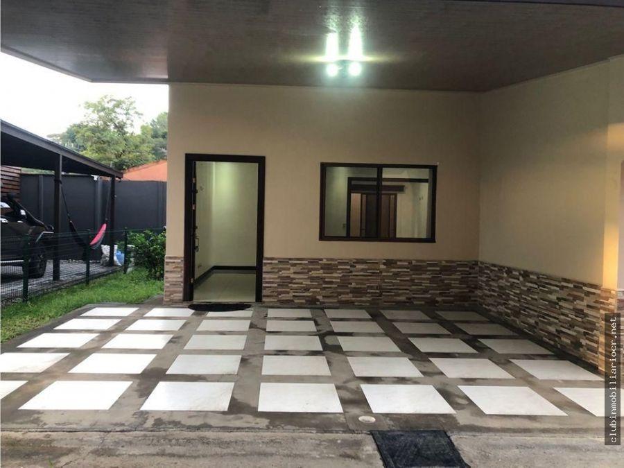 alquiler de casa semi nueva en santa ana brasil de un solo nivel
