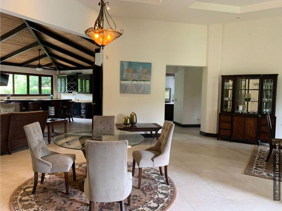 rento preciosa residencia amueblada hacienda los reyes la guacima