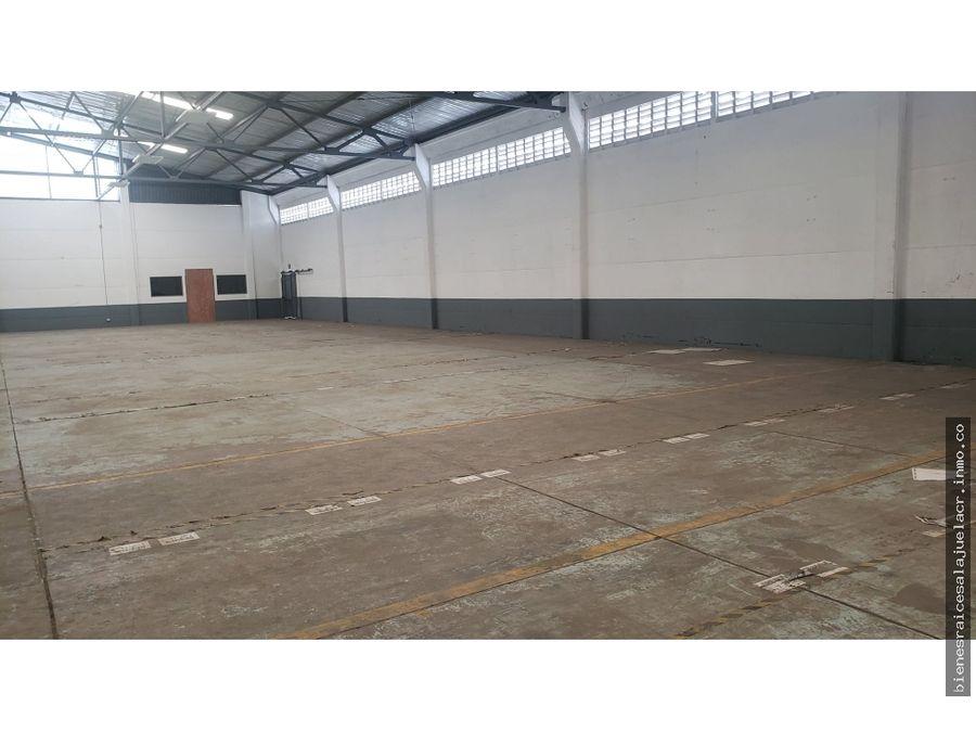 alquiler de bodega industrial el coyol alajuela 4000 m2 18000