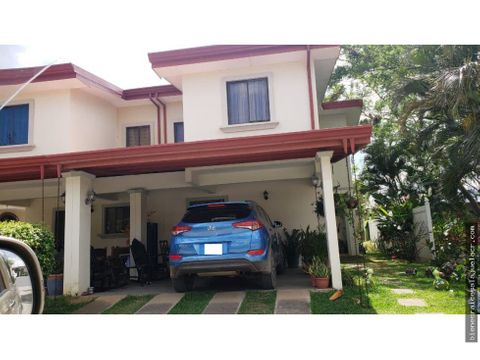 venta de casa en condominio vila del lago alajuela 160 m2 110000