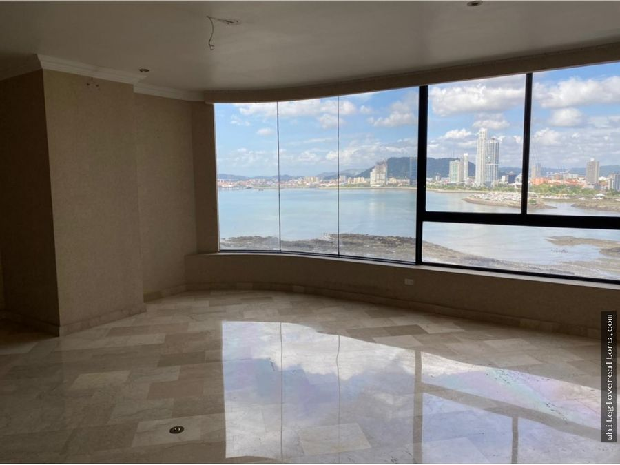 hermoso apartamento en ph bayside ganga