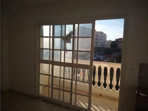 amplio piso 3 dormitorios 2 banos y terraza rincon de la victoria