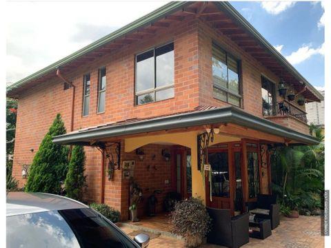 venta de apartamento en las lomitas