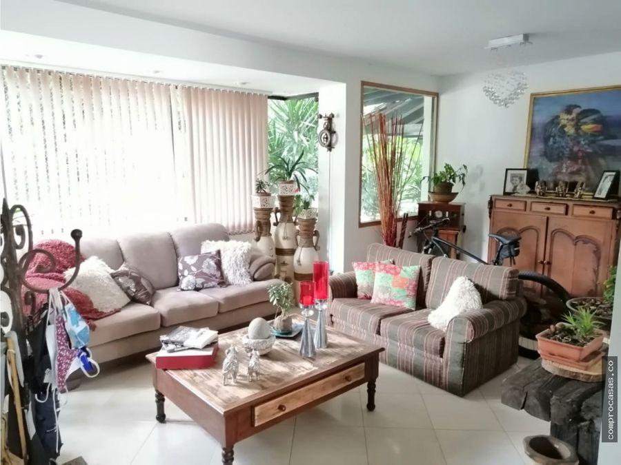 venta de casa en villa grande