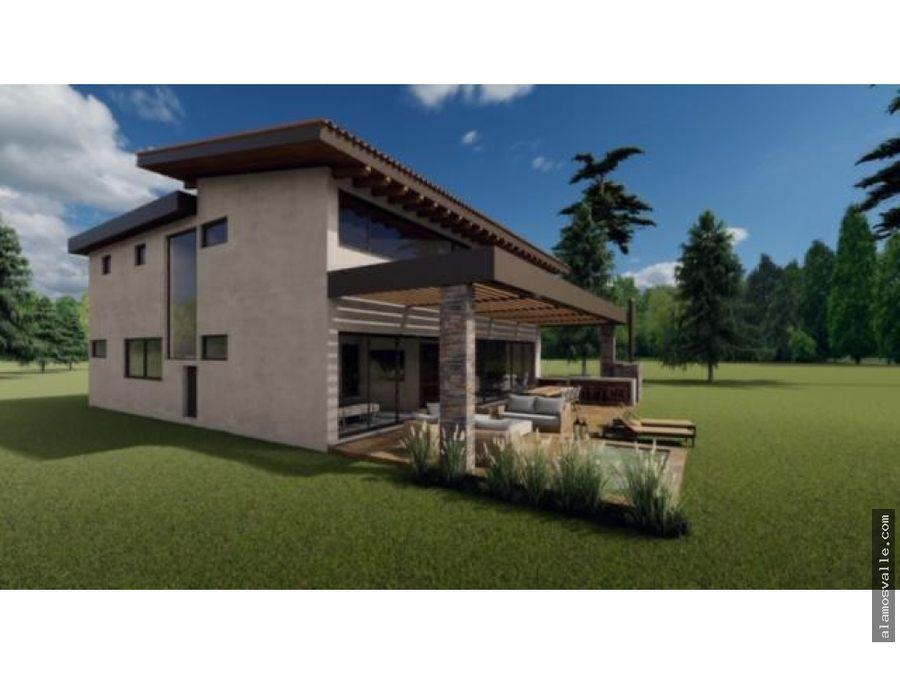 casa en venta valle de bravo en conjunto residencial