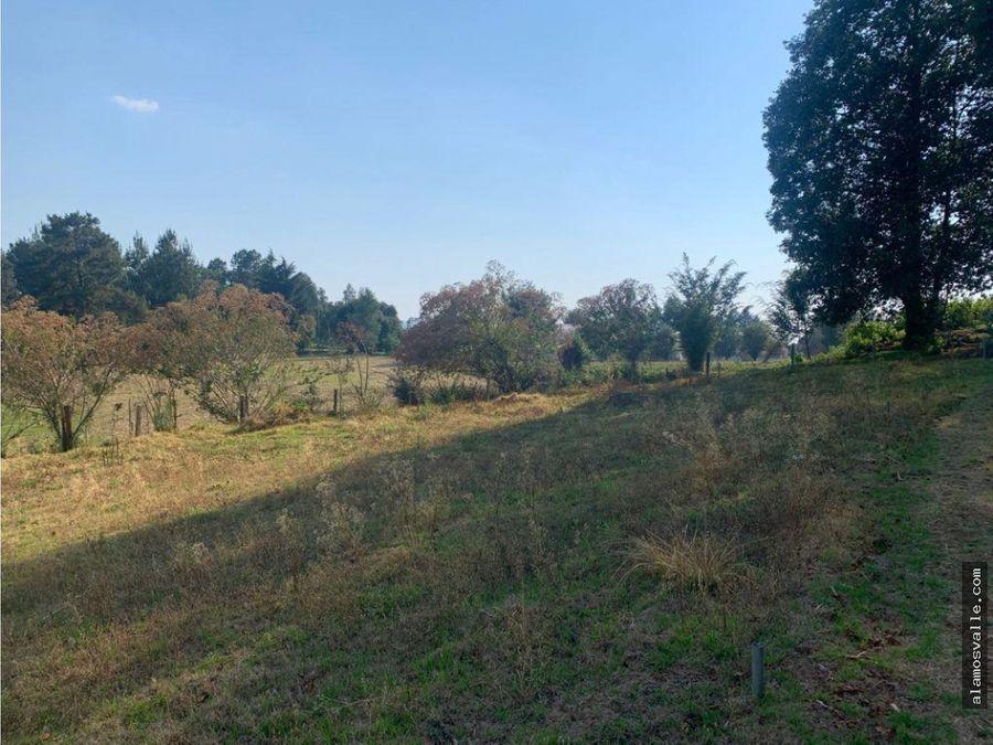terreno en venta en el campo san simon valle de bravo