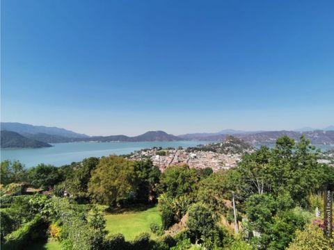 casa en venta valle de bravo con vista al lago