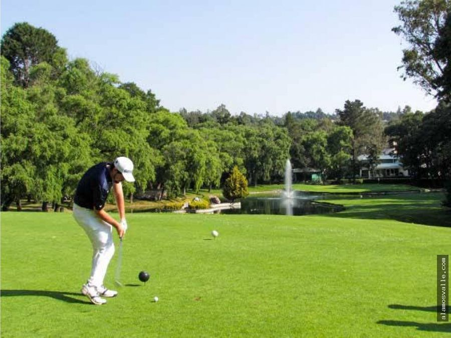 terreno en el club de golf