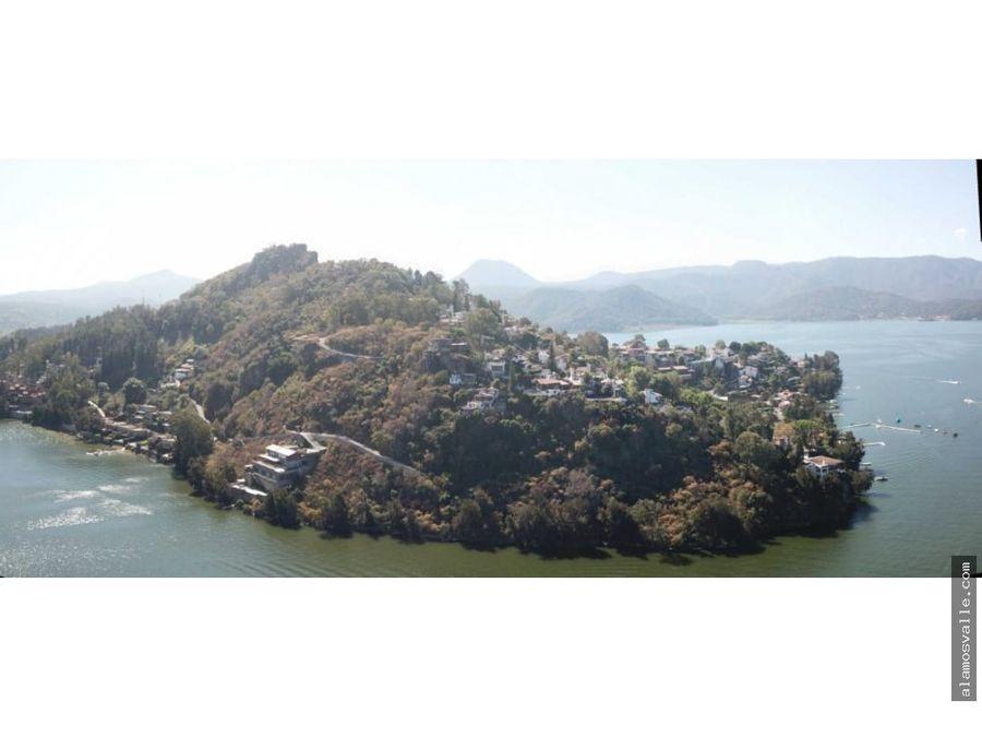 terrenos con vista al lago