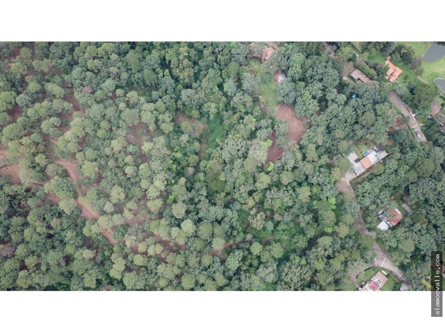 media hectarea con rio en san simon