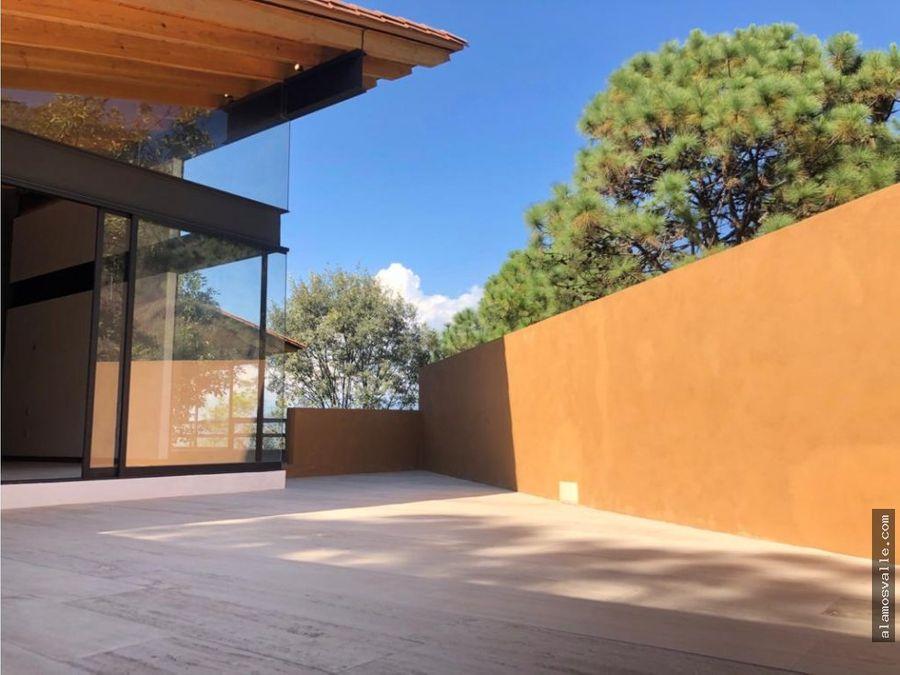 casa contemporanea en el pueblo