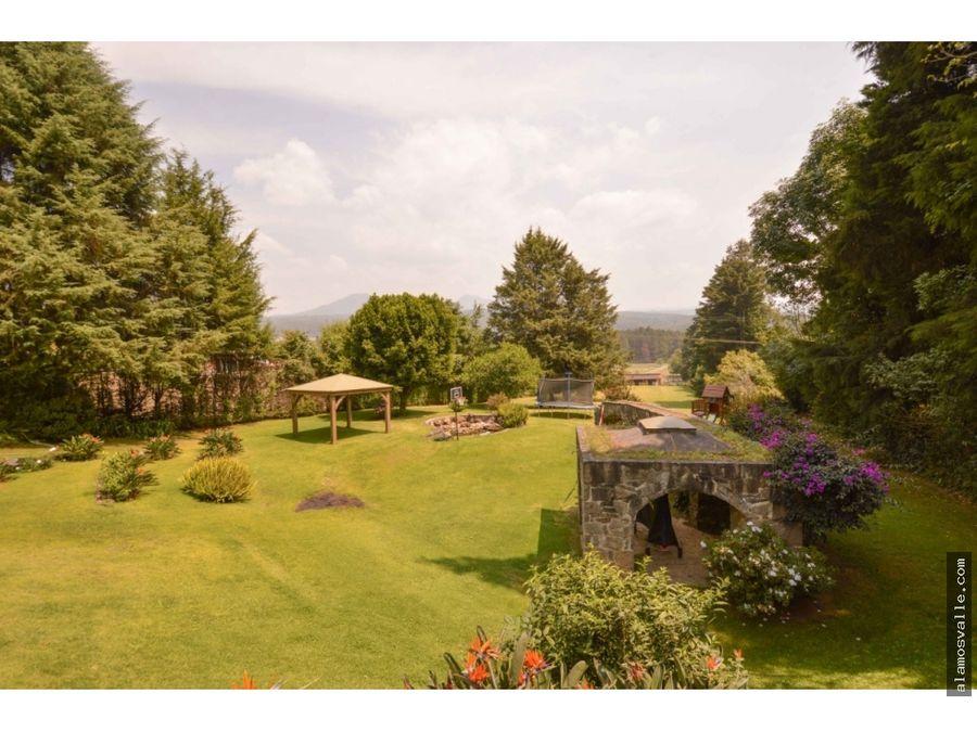 casa en renta con jardin amplio