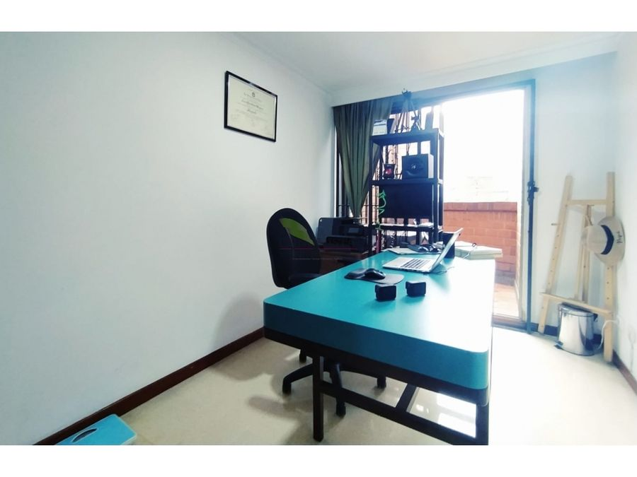 se vende hermoso apartamento en simon bolivar