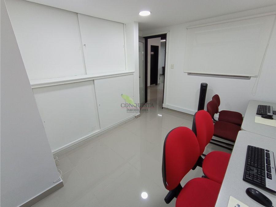 se vende casa unifamiliar en belen malibu oficina