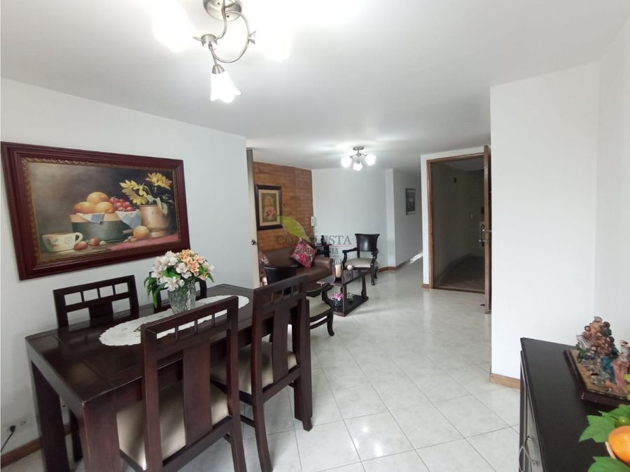 se vende apartamento en san joaquin
