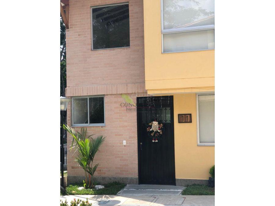 se vende casa en condominio en sopetran