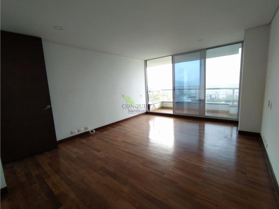 se arrienda yo se vende hermoso apartamento en el poblado