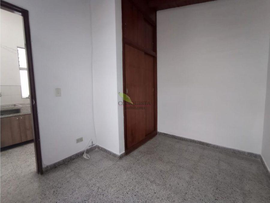 se arrienda apartamento en belen rosales