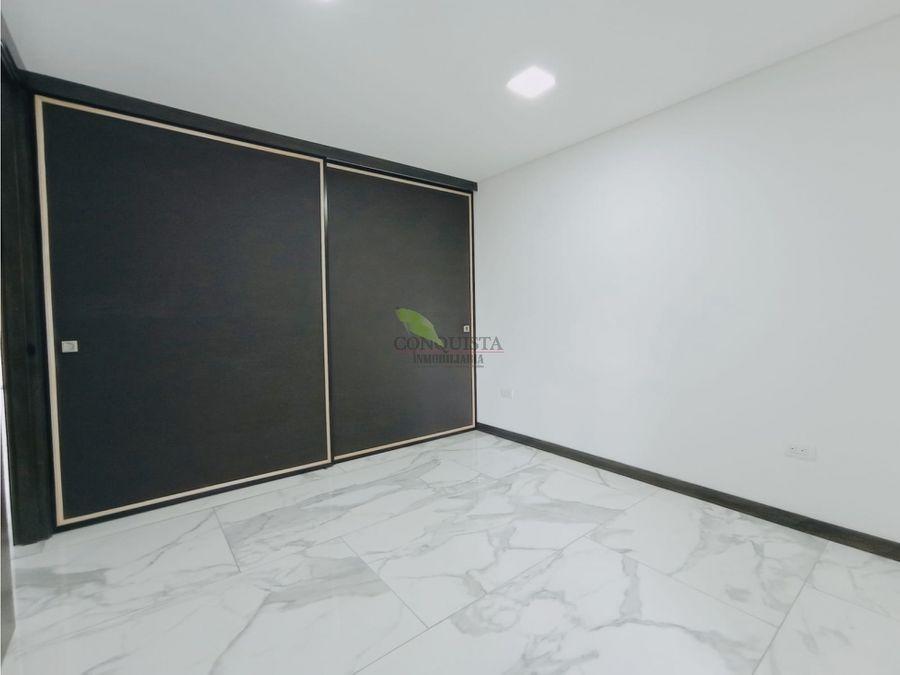 se vende apartamento para estrenar en laureles con acabados de lujo
