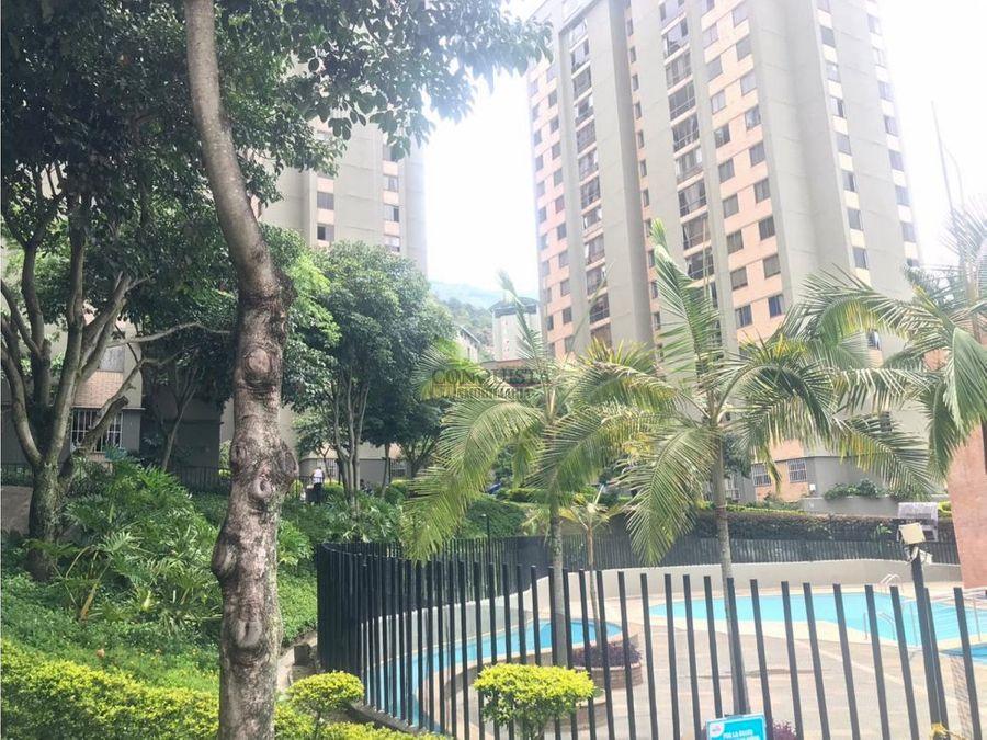 se vende apartamento en bello agua clara