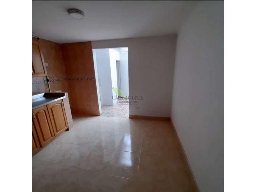 se vende apartamento en la castellana