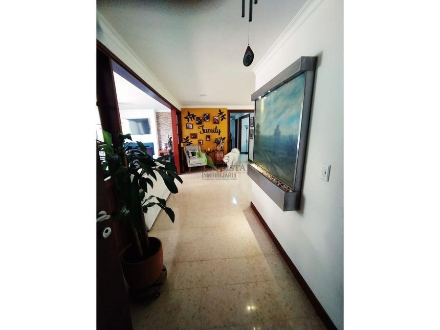 se vende espectacular apartamento en el poblado loma del tesoro