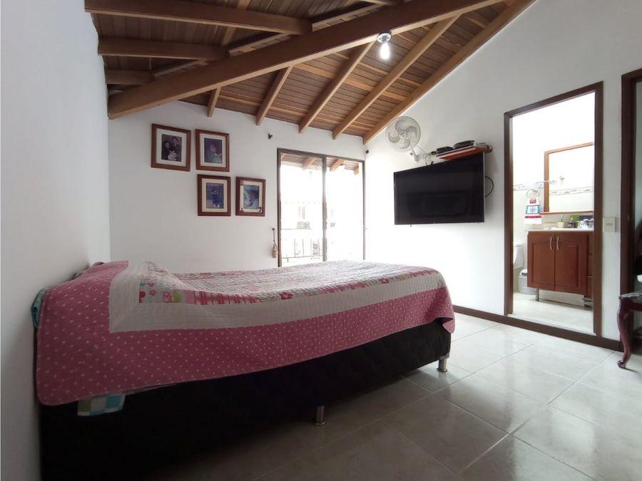 se vende apartamento en belen rosales