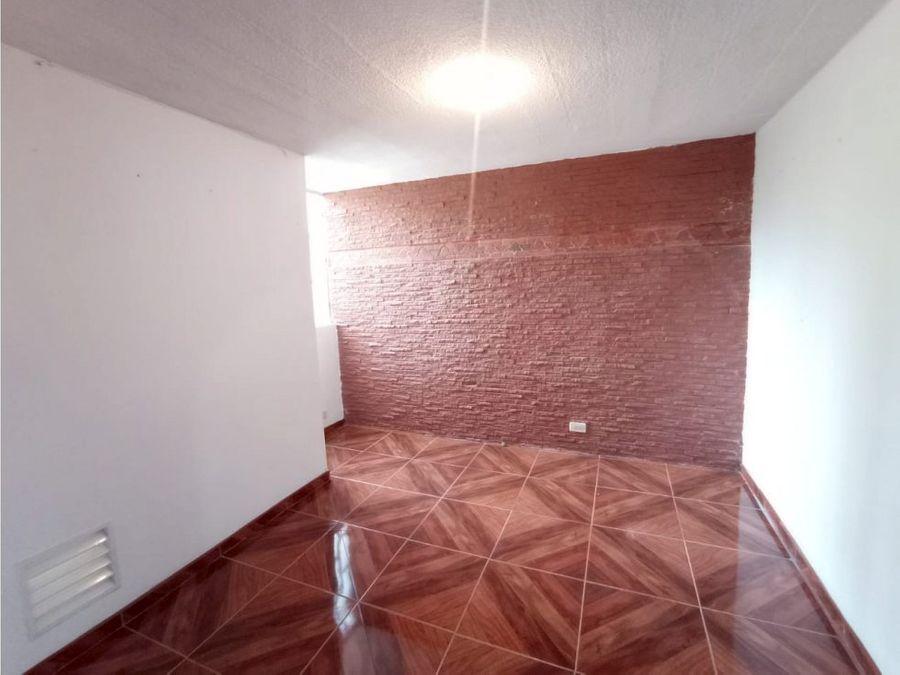 se vende apartamento en bello serramonte