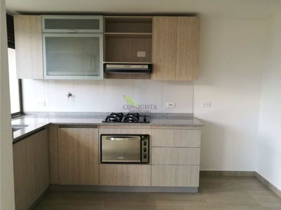 se vende apartamento nuevo en padros de sabaneta