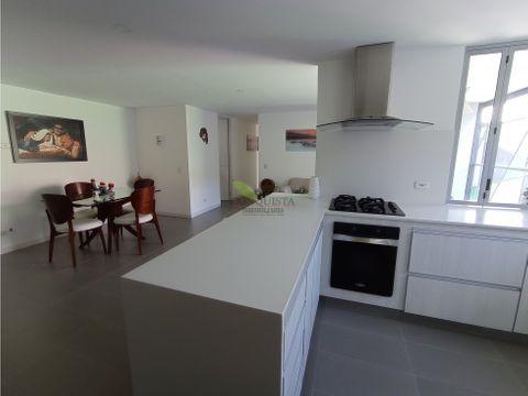 se vende apartamento en el poblado