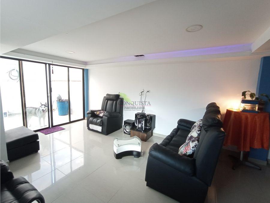 se vende apartamento duplex cabanitas bello