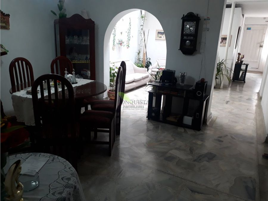 se vende casa en san joaquin