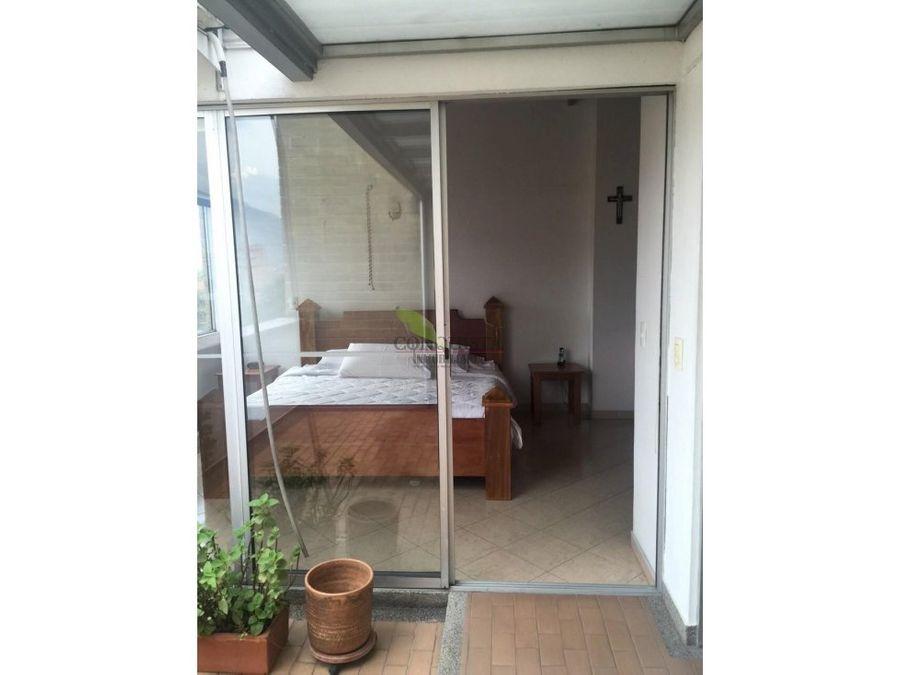 se vende apartamento duplex en san joaquin