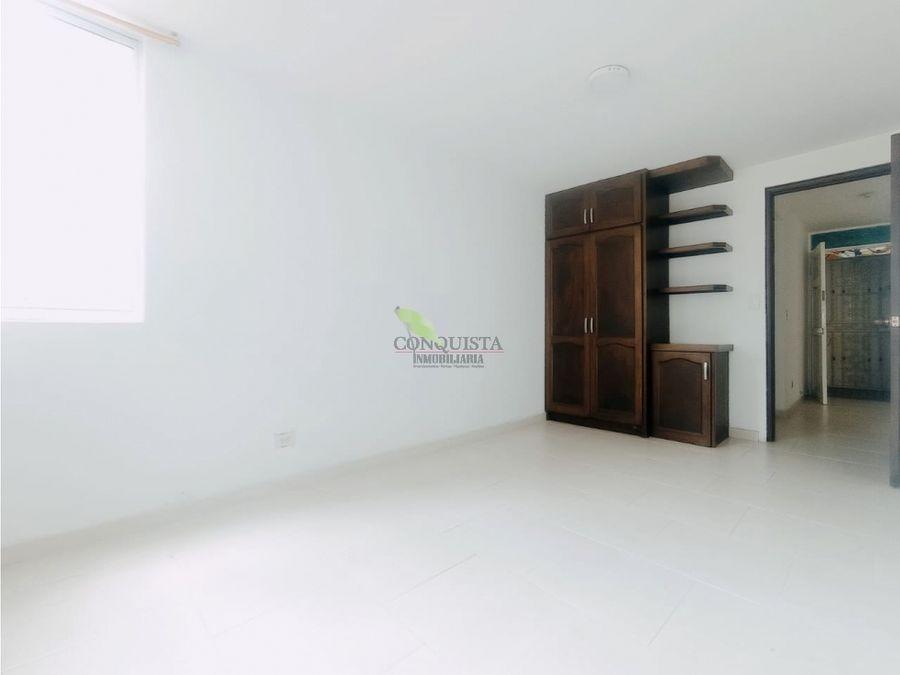 se vende apartamento en el centro sector bombona