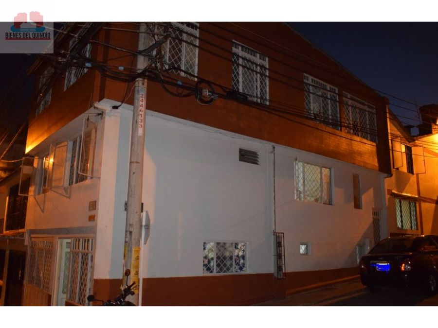 se vende casa de tres pisos en ibague