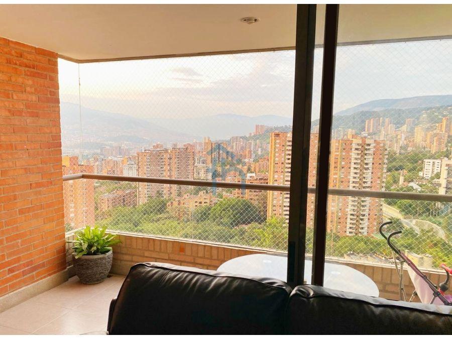 apartamento en el poblado en piso alto