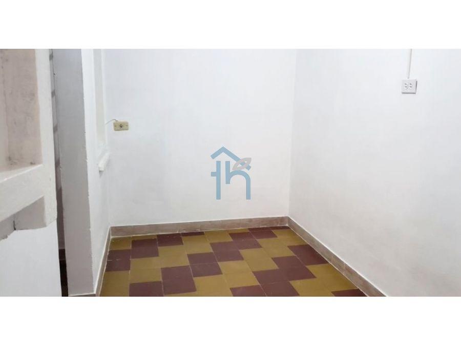 3707559ca alquiler de segundo piso comercial en el poblado medellin